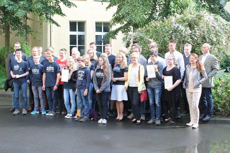 Gruppenbild der beiden Siegerschulen.